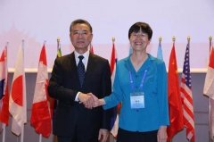 Expresident_She_Jing_and_new_President_Ma_Jianzhong.jpg